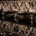 híd a víztükör felett