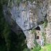 A vár alsó része, bejárat a barlanghoz